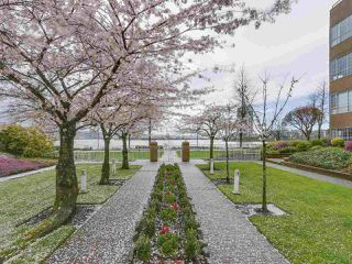 "Photo 19: 113 1150 QUAYSIDE Drive in New Westminster: Quay Condo for sale in ""Westport"" : MLS®# R2255173"