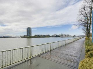 "Photo 20: 113 1150 QUAYSIDE Drive in New Westminster: Quay Condo for sale in ""Westport"" : MLS®# R2255173"