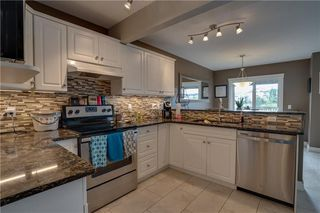 Photo 14: 15 ROYAL BIRCH Manor NW in Calgary: Royal Oak House for sale : MLS®# C4194223