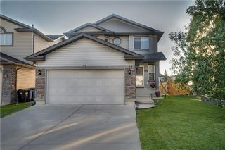 Photo 3: 15 ROYAL BIRCH Manor NW in Calgary: Royal Oak House for sale : MLS®# C4194223