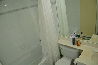 """Photo 9: 302 1035 AUCKLAND Street in New Westminster: Uptown NW Condo for sale in """"Queens Terrace"""" : MLS®# R2299655"""