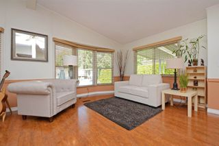 """Photo 3: 44 145 KING EDWARD Street in Coquitlam: Maillardville Manufactured Home for sale in """"MILL CREEK VILLAGE"""" : MLS®# R2300714"""