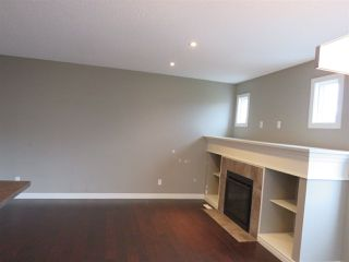 Photo 6: 2836 16 Avenue NW in Edmonton: Zone 30 Attached Home for sale : MLS®# E4129480