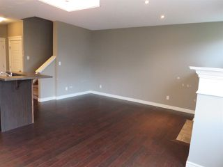 Photo 4: 2836 16 Avenue NW in Edmonton: Zone 30 Attached Home for sale : MLS®# E4129480