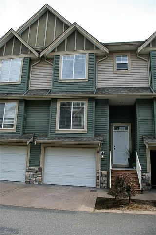 """Photo 1: 22 6498 SOUTHDOWNE Place in Sardis: Sardis East Vedder Rd Townhouse for sale in """"VILLAGE GREEN"""" : MLS®# R2308584"""