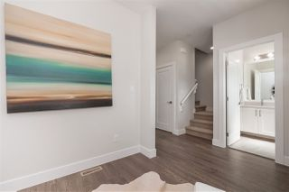 Photo 5: 20409 82 Avenue in Langley: Willoughby Heights Condo for sale : MLS®# R2310589