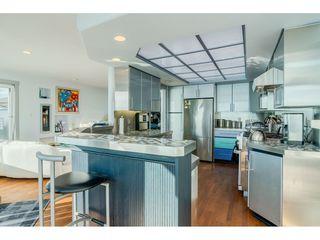 Photo 9: 15083 VICTORIA Avenue: White Rock House for sale (South Surrey White Rock)  : MLS®# R2339599