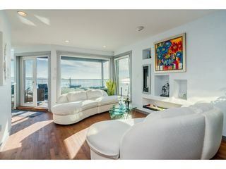 Photo 6: 15083 VICTORIA Avenue: White Rock House for sale (South Surrey White Rock)  : MLS®# R2339599