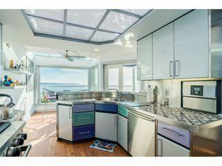 Photo 11: 15083 VICTORIA Avenue: White Rock House for sale (South Surrey White Rock)  : MLS®# R2339599