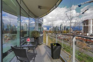 """Photo 9: 407 1661 ONTARIO Street in Vancouver: False Creek Condo for sale in """"Sails"""" (Vancouver West)  : MLS®# R2341882"""