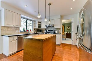 "Photo 5: 7285 150A Street in Surrey: East Newton House for sale in ""CHIMNEY HILLS"" : MLS®# R2351483"