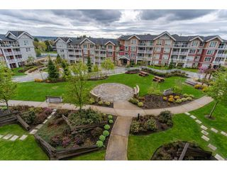 "Photo 20: 301 6480 194 Street in Surrey: Clayton Condo for sale in ""Watersone"" (Cloverdale)  : MLS®# R2358792"