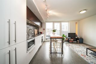 """Photo 3: 605 150 E CORDOVA Street in Vancouver: Downtown VE Condo for sale in """"InGastown"""" (Vancouver East)  : MLS®# R2361641"""