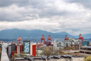 """Photo 17: 605 150 E CORDOVA Street in Vancouver: Downtown VE Condo for sale in """"InGastown"""" (Vancouver East)  : MLS®# R2361641"""