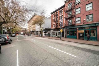 """Photo 19: 605 150 E CORDOVA Street in Vancouver: Downtown VE Condo for sale in """"InGastown"""" (Vancouver East)  : MLS®# R2361641"""