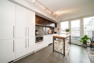 """Photo 4: 605 150 E CORDOVA Street in Vancouver: Downtown VE Condo for sale in """"InGastown"""" (Vancouver East)  : MLS®# R2361641"""