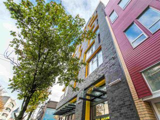 """Photo 2: 605 150 E CORDOVA Street in Vancouver: Downtown VE Condo for sale in """"InGastown"""" (Vancouver East)  : MLS®# R2361641"""