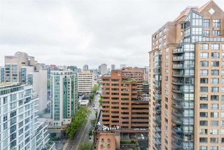"Photo 7: 2201 1188 HOWE Street in Vancouver: Downtown VW Condo for sale in ""1188 HOWE"" (Vancouver West)  : MLS®# R2368270"