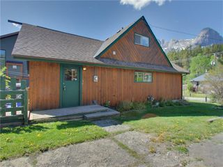 Photo 16: 274 Three Sisters Drive: Canmore Detached for sale : MLS®# C4253079