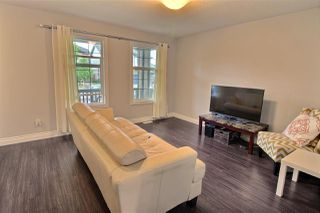 Photo 4: 16816 120 Street in Edmonton: Zone 27 House Half Duplex for sale : MLS®# E4164622