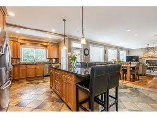 Photo 4: 3925 CAVES Court in Abbotsford: Abbotsford East House for sale : MLS®# R2402814