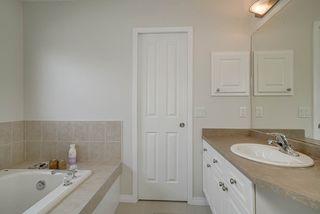 Photo 18: 1205 ORMSBY Lane in Edmonton: Zone 20 House for sale : MLS®# E4173915