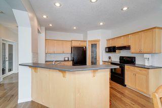Photo 4: 1205 ORMSBY Lane in Edmonton: Zone 20 House for sale : MLS®# E4173915