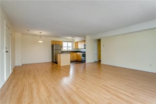 Photo 6: 808 1540 29 Street NW in Calgary: St Andrews Heights Apartment for sale : MLS®# C4273324