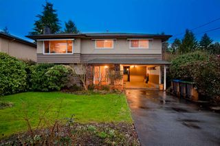 """Photo 1: 2139 TYNER Street in Port Coquitlam: Central Pt Coquitlam House for sale in """"Central Port Coquitlam"""" : MLS®# R2441235"""