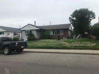 Photo 1: 4616 104A Avenue in Edmonton: Zone 19 House for sale : MLS®# E4203626