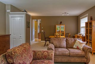 Photo 10: 810 WIREN Way in Gibsons: Gibsons & Area House for sale (Sunshine Coast)  : MLS®# R2470792