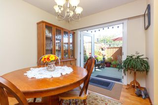 Photo 6: 2076 Piercy Ave in : Si Sidney North-East House for sale (Sidney)  : MLS®# 850852