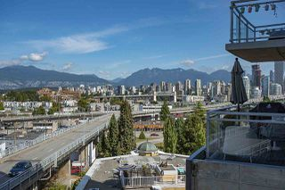 "Photo 25: 802 1565 W 6TH Avenue in Vancouver: False Creek Condo for sale in ""6TH and FIR"" (Vancouver West)  : MLS®# R2493032"