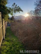 Photo 2: 610 Ellcee Pl in : CV Courtenay East Land for sale (Comox Valley)  : MLS®# 855863