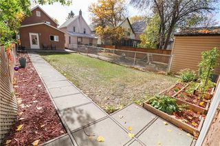 Photo 24: 383 Deschambault Street in Winnipeg: St Boniface Residential for sale (2A)  : MLS®# 202024863
