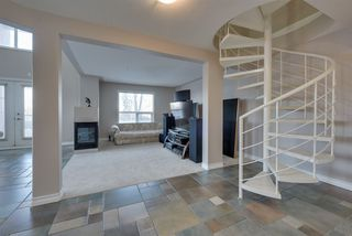 Photo 6: 101 10855 SASKATCHEWAN Drive in Edmonton: Zone 15 Condo for sale : MLS®# E4218005