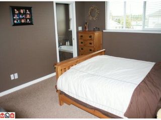 "Photo 7: 34807 1ST Avenue in Abbotsford: Sumas Mountain House for sale in ""HUNTINGDON"" : MLS®# F1108749"