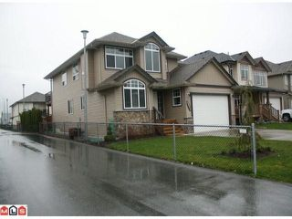 "Photo 2: 34807 1ST Avenue in Abbotsford: Sumas Mountain House for sale in ""HUNTINGDON"" : MLS®# F1108749"