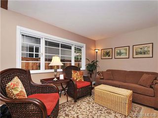 Photo 4: 996 Fashoda Pl in VICTORIA: La Happy Valley House for sale (Langford)  : MLS®# 653324