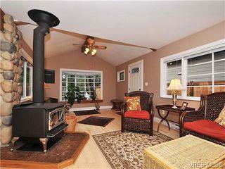 Photo 3: 996 Fashoda Pl in VICTORIA: La Happy Valley Single Family Detached for sale (Langford)  : MLS®# 653324