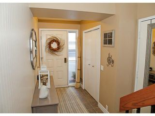 Photo 3: 17 10457 19 Street SW in CALGARY: Braeside_Braesde Est Townhouse for sale (Calgary)  : MLS®# C3593215