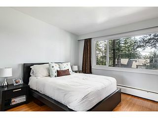 Photo 10: 552 PALISADE Drive in North Vancouver: Canyon Heights NV House for sale : MLS®# V1052865