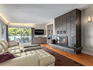 Photo 2: 552 PALISADE Drive in North Vancouver: Canyon Heights NV House for sale : MLS®# V1052865
