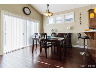Photo 8: 947 Bray Ave in VICTORIA: La Langford Proper House for sale (Langford)  : MLS®# 690628
