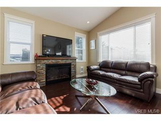 Photo 5: 947 Bray Ave in VICTORIA: La Langford Proper House for sale (Langford)  : MLS®# 690628