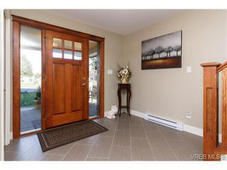 Photo 4: 947 Bray Ave in VICTORIA: La Langford Proper House for sale (Langford)  : MLS®# 690628