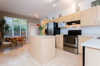 "Photo 7: 9 14959 58 Avenue in Surrey: Sullivan Station Townhouse for sale in ""Skylands"" : MLS®# R2005945"