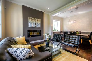 Photo 2: 6535 PORTLAND Street in Burnaby: South Slope House for sale (Burnaby South)  : MLS®# R2070331