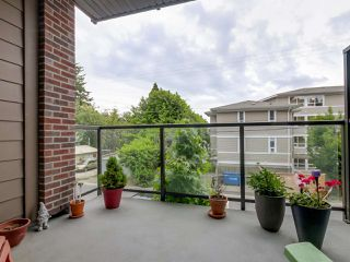 Photo 12: 206 1273 MARINE Drive in North Vancouver: Norgate Condo for sale : MLS®# R2070579