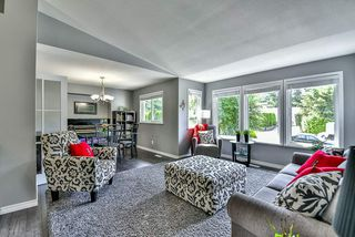 Photo 3: 15311 28 Avenue in Surrey: King George Corridor House for sale (South Surrey White Rock)  : MLS®# R2075841